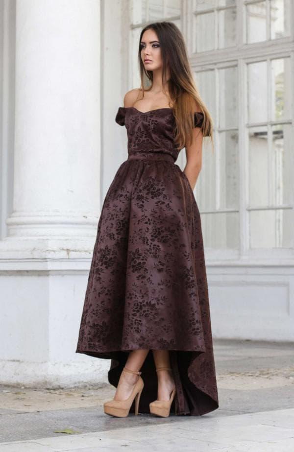 вечернее платье миди из благородного материала