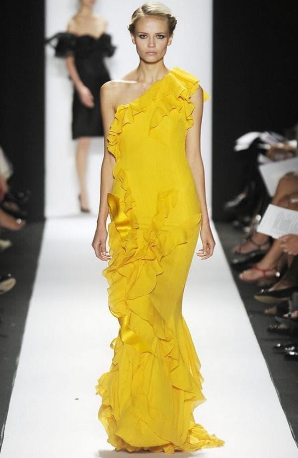 торжественное желтое платье