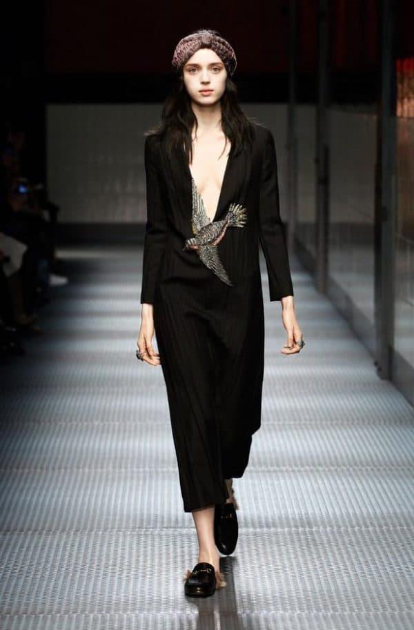 Маленькое черное платье от Гуччи