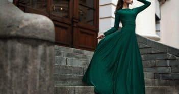 Платье в пол зеленого цвета