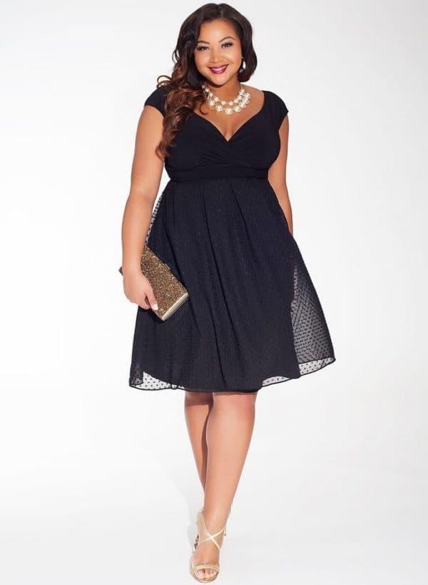 Легкое нарядно платье на лето большого размера