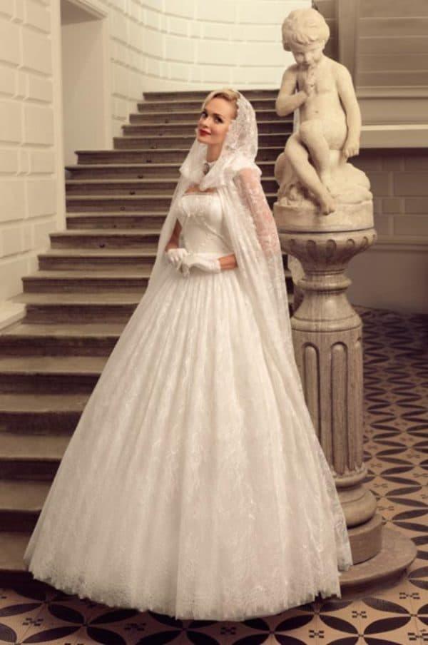 Свадебное платье на венчание в русском стиле