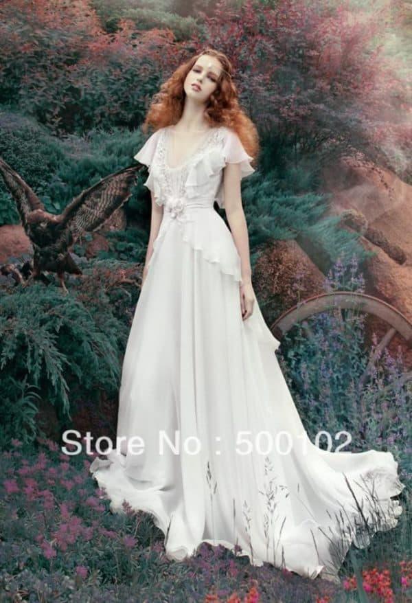 Платье невесты венчальное со шлейфом