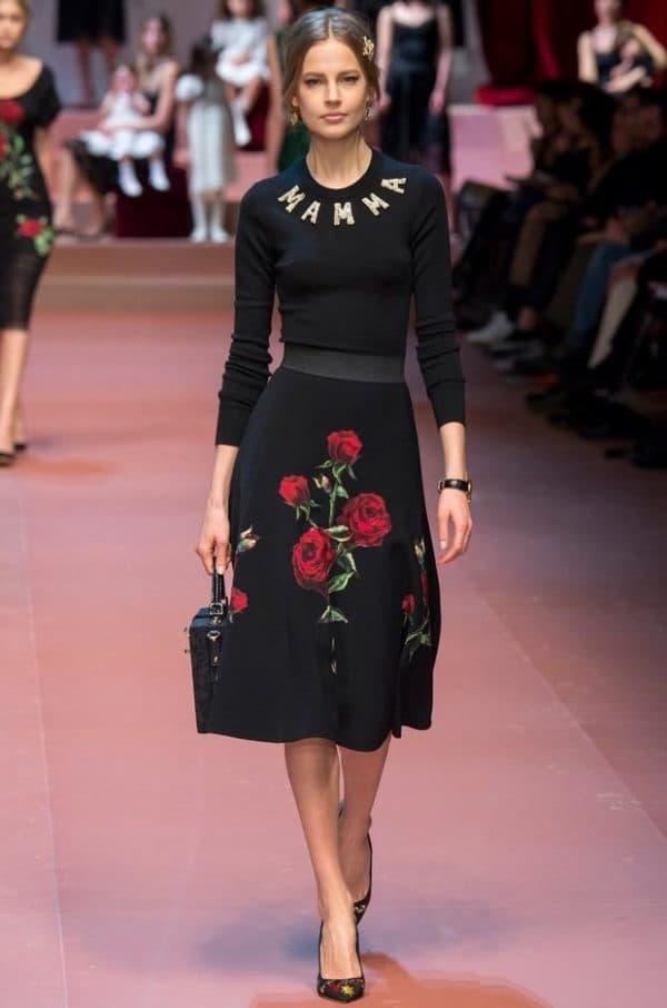 Маленькое черное платье Дольче Габбана
