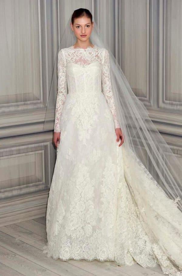 Платье невесты из кружева на венчание