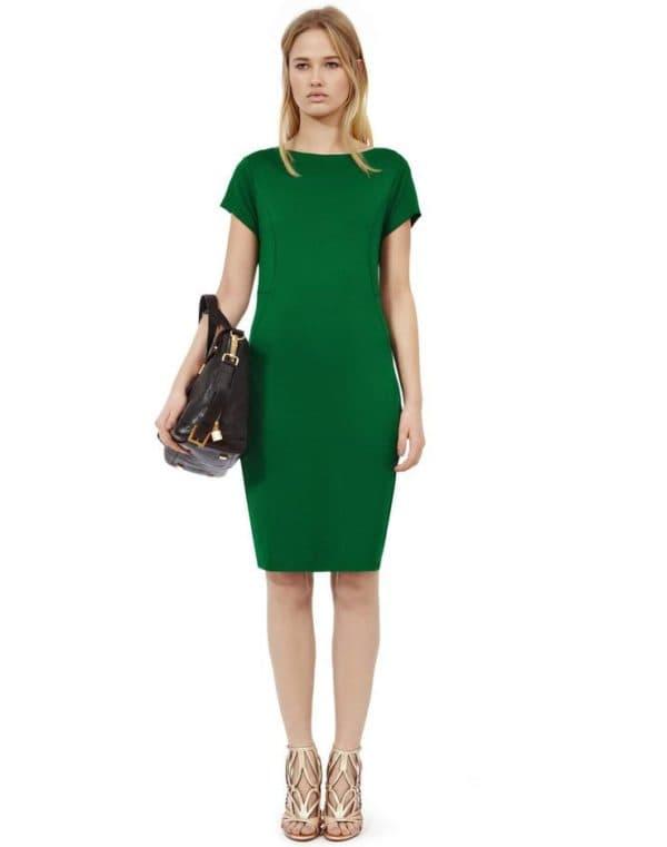 Зеленое платье повседневное