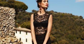 Длинное кружевное платье черного цвета
