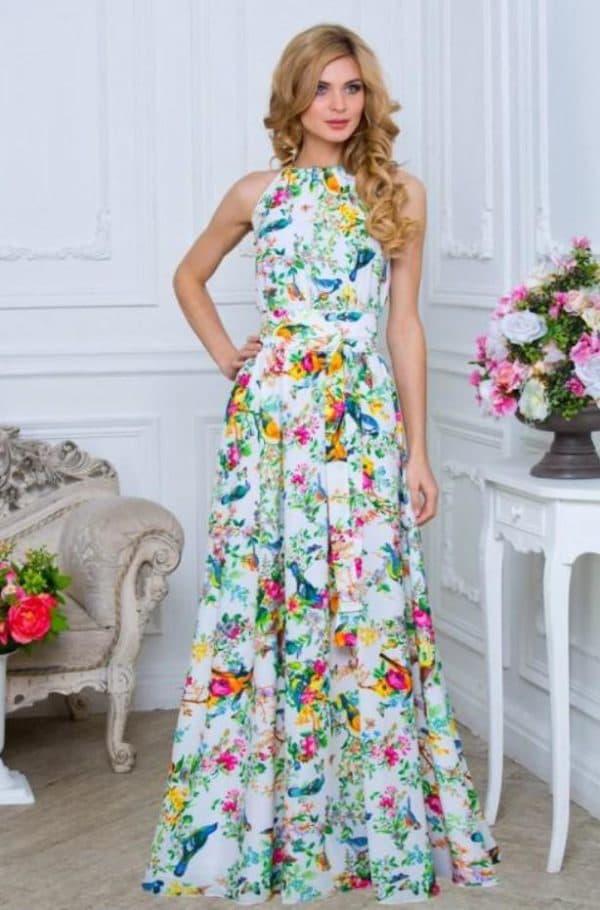 Длинное платье из шифона в цветочек