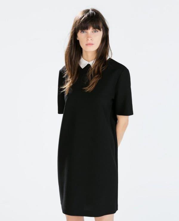 Прямое черное платье с белым воротничком