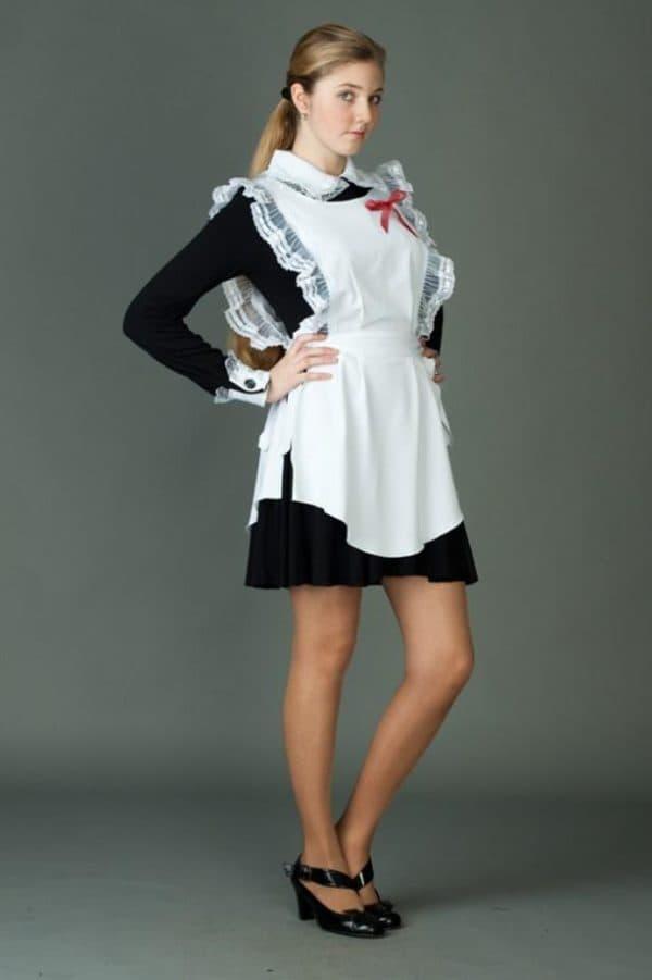 Платье с фартуком на последний звонок