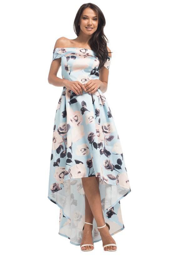 Нежное платье в цветок для полных девушек