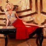 Блистаем с умом — какое вечернее платье надеть на свадьбу