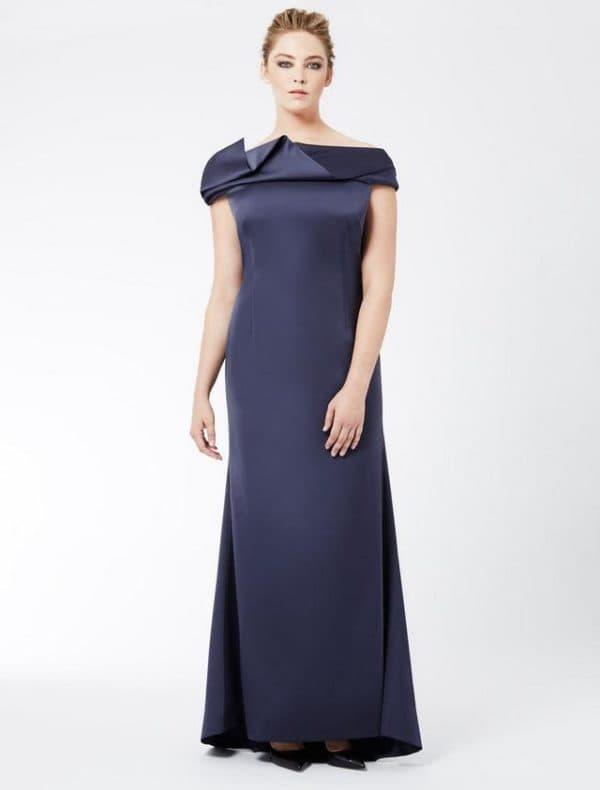 Платье в пол большого размера синего цвета