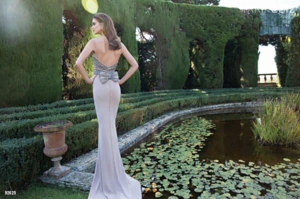 Роскошное вечернее платье для невесты