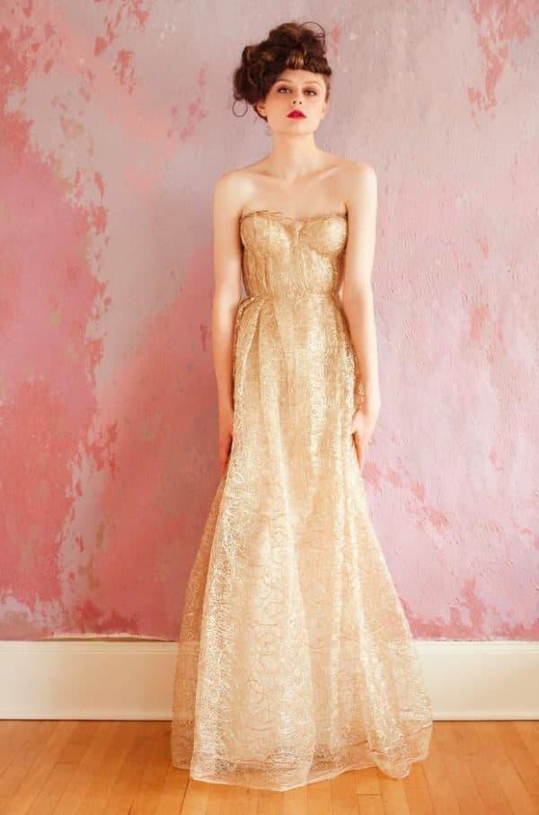 Свадебное платье золотой песок