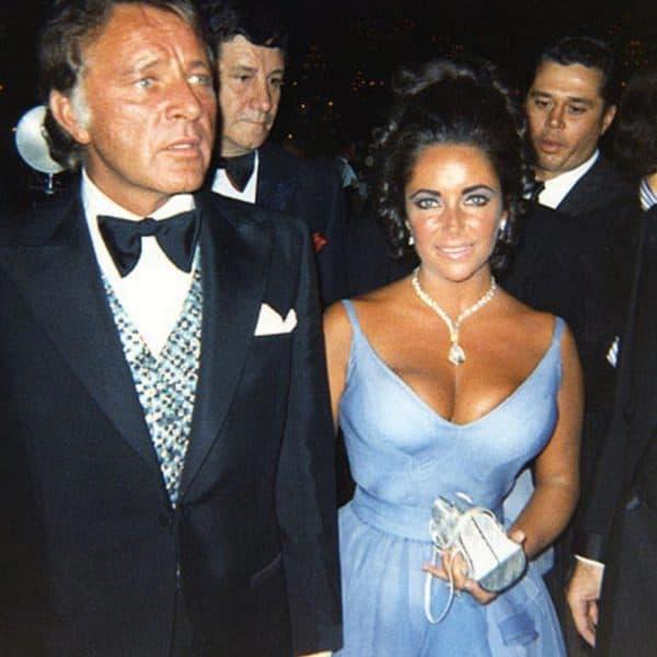Голубое платье Элизабет Тейлор