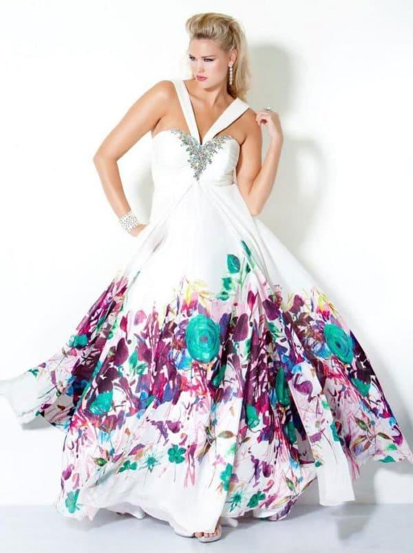 Шикарное длинное платье большого размера с цветами