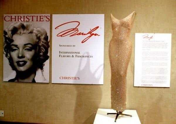 Платье МЕрлин Монро на дне рождения Кеннеди