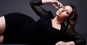 Чёрное гипюроевое платье большого размера