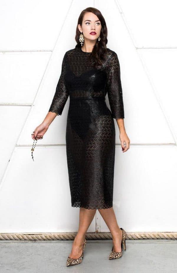 Платье миди из гипюра большого размера