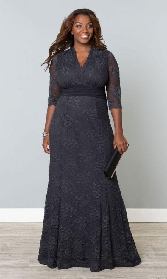 Серое макси платье из гипюра большого размера