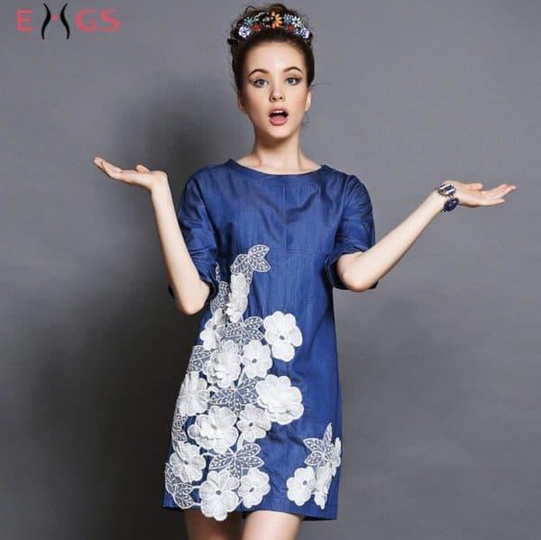 Джинсовое платье с кружевом для полных