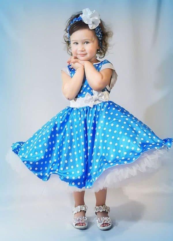 Голубое платье для девочки в стиле стиляги