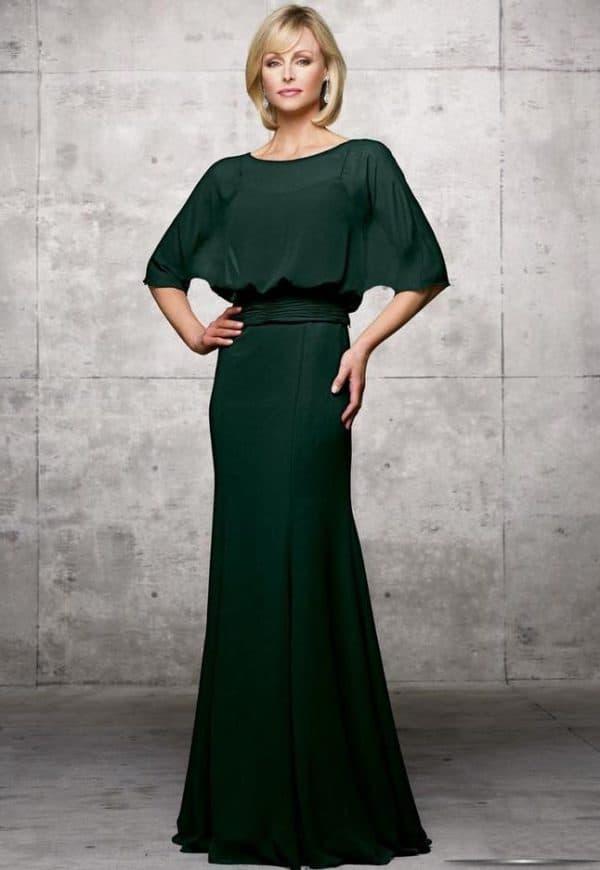 Зеленое платье в пол на выпускной к сыну